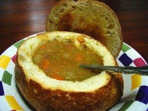 Холодный хлебный суп на пиве