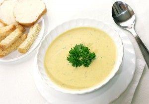 Ароматный вегетарианский сырный суп