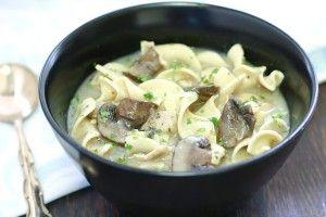 Грибной суп  с вермишелью на курином бульоне