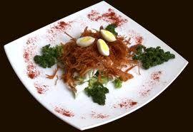 Салат «гнездо глухаря» с фасолью