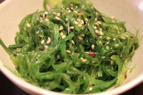 Салат с капусты и зелени калорийность