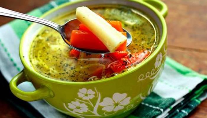 Супы на мясном бульоне — сытное блюдо для всей семьи