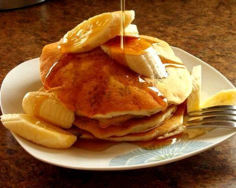 Банановые панкейки рецепт с фото пошагово внешний вид должен быть соответствующим