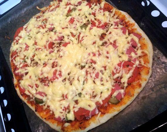 Корж для пиццы в духовке