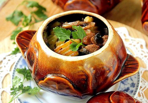 Говядина в горшочках с картошкой в духовке пошаговый рецепт