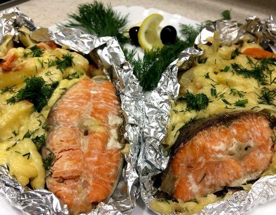 Картошка с рыбой в духовке рецепт с фото пошагово