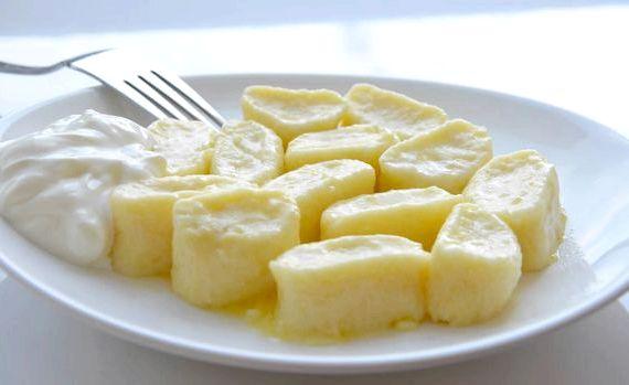 Ленивые вареники из творога рецепт с манкой с фото пошагово