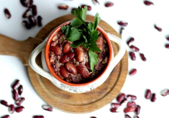 Лобио из красной консервированной фасоли классический рецепт