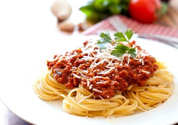 спагетти болоньезе рецепт в домашних с фаршем