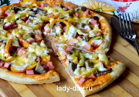 Пицца в духовке простой пошаговый рецепт пюре, притрусите моцареллой