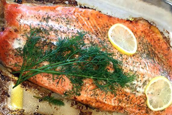Простой рецепт запечь рыбу в духовке