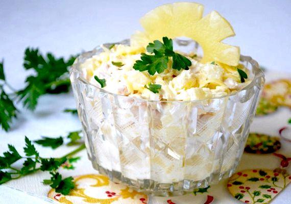 Рецепт салата курица с ананасом и сыром