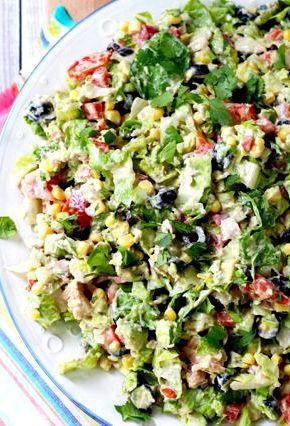 Салат из консервированного тунца рецепт с фото очень вкусный Украшают блюдо маслинками