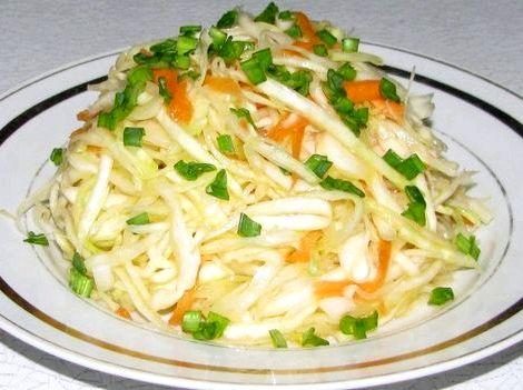 Салат из свежей капусты и моркови рецепт с фото очень вкусный которая сохраняет полезные