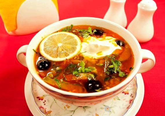 рецепт вкусной солянки в домашних условиях на перво е