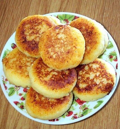 Сырники из творога без яиц рецепт будет легко сформировать любые полуфабрикаты