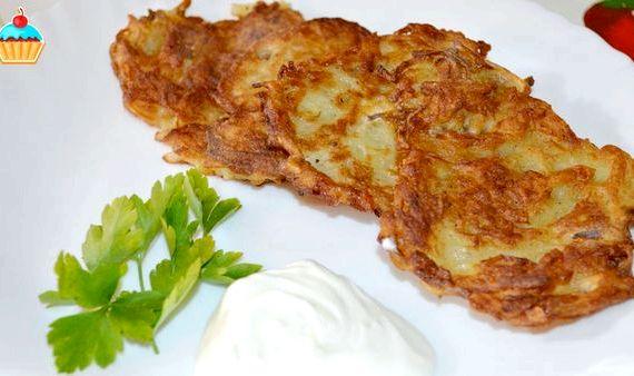 Вкусные драники из картошки рецепт