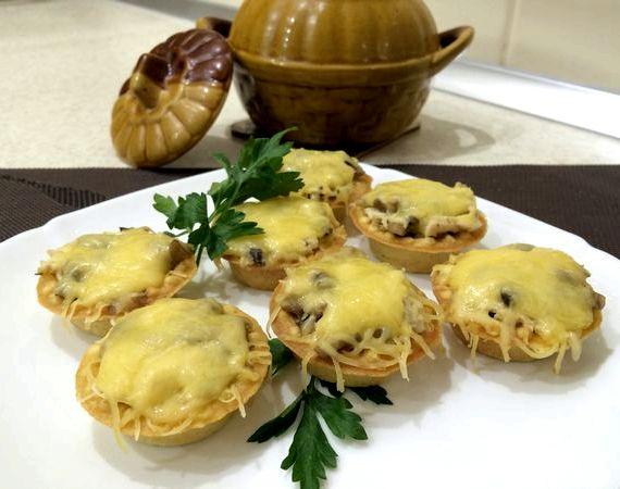 Жульен в тарталетках с грибами и курицей рецепт со сливками