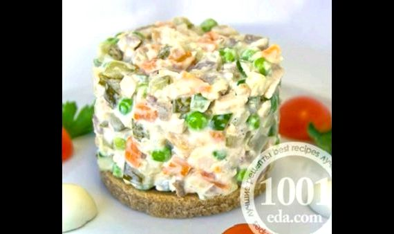 Зимний салат со свежим огурцом рецепт
